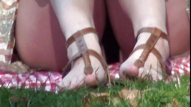 Կնոջ ոտքերը հինդի ֆիլմ սեքս