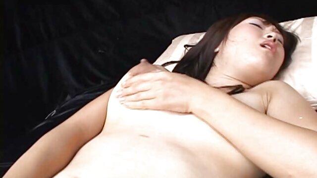Gina Valentine քնած չինական սեքս ֆիլմեր է Sandy
